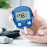 How To Use Blood Glucose Monitors And Tips To Buy A Glucometer - 1mg  Capsules