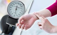 High blood pressure symptoms: How to check if you have hypertension WITHOUT  equipment | Express.co.uk