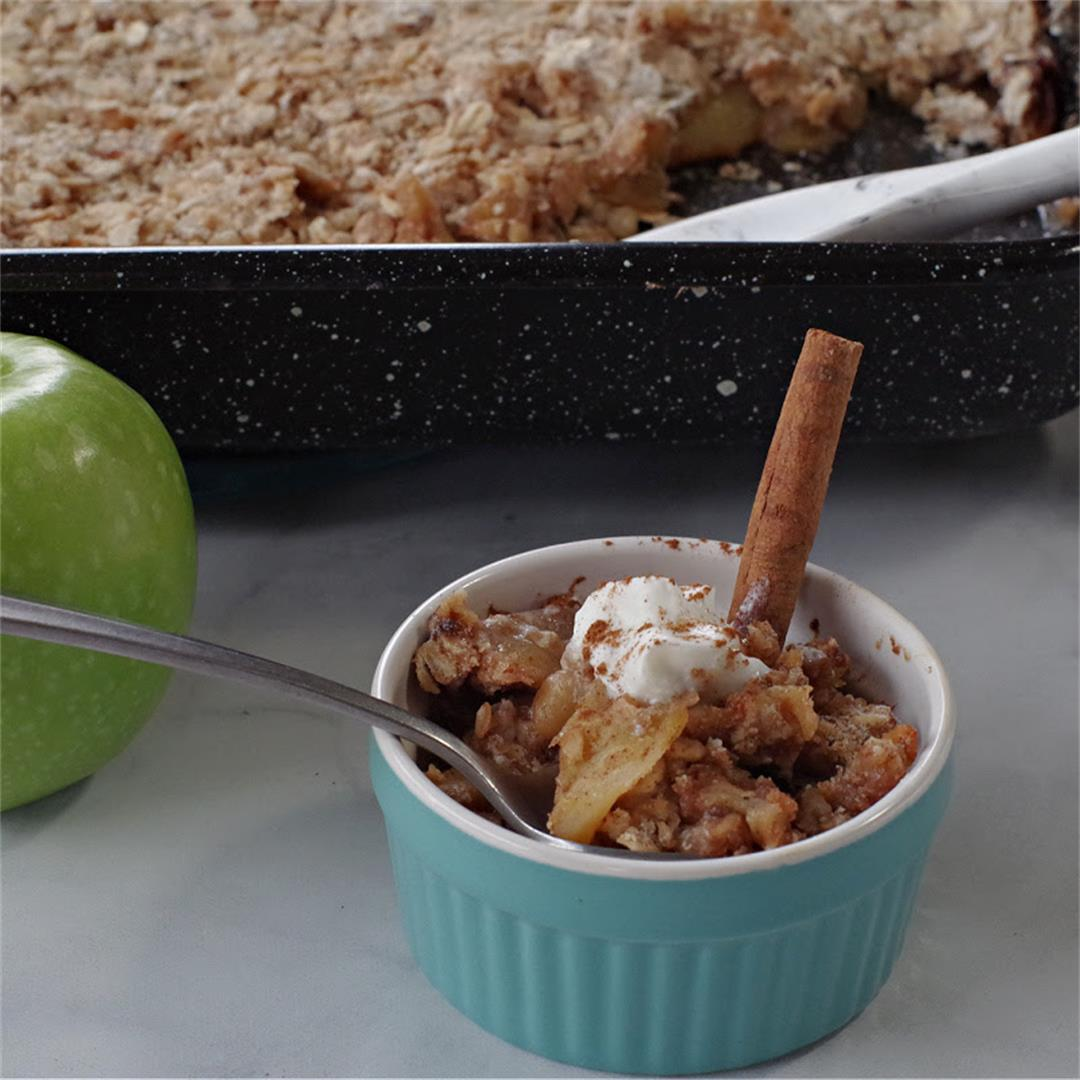 Weight Watchers Apple Crisp | with oatmeal - Food Meanderings