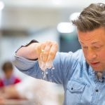 Fix up Jamie Oliver's homemade healthy hummus in just 10 minutes - MyLondon