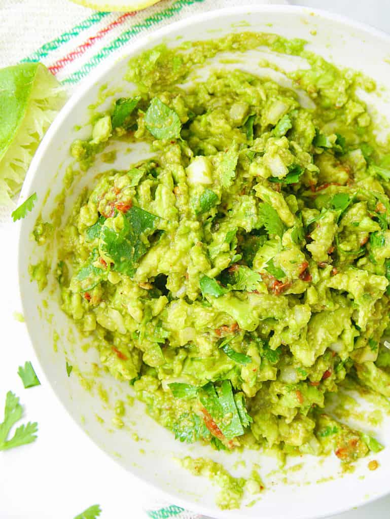 Healthy Guacamole Recipe with Chipotle Peppers - The Picky Eater