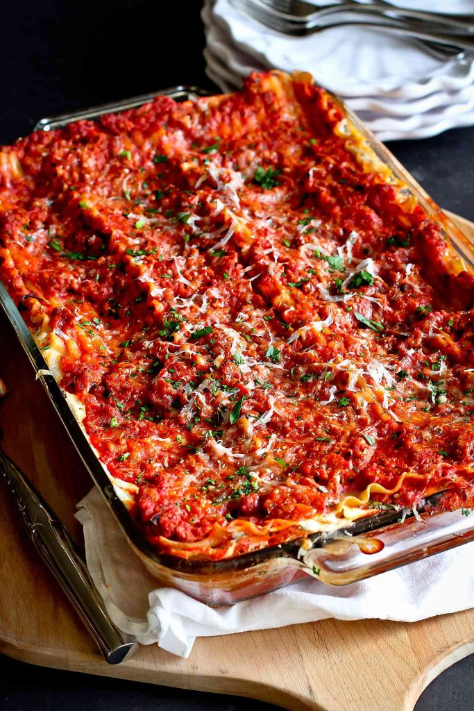Mom's Easy Cottage Cheese Lasagna | The Kitchen Magpie