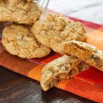 Healthy Pumpkin Cookies with Oatmeal and Chocolate – WellPlated.com
