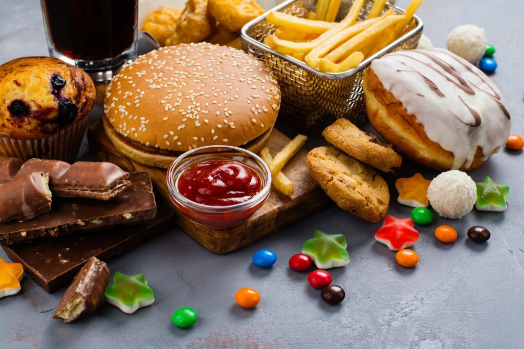 CAN YOU EAT JUNK FOOD IF YOU HAVE DIABETES? | Diabetic Muscle & Fitness