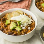 Incredible, perfectly spiced healthy chili made with lean ground turkey,  kidney beans and corn. This version is sim… | Turkey chili healthy, Healthy  turkey, Recipes