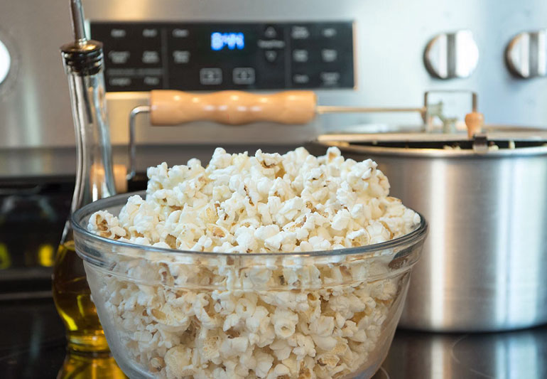 9 Best Tips For Healthier Popcorn – Cleveland Clinic