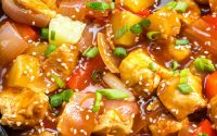 Sweet and Sour Chicken {Crispy and Sticky!} - TipBuzz