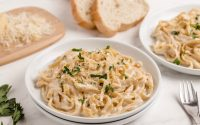 LIGHT & CREAMY ALFREDO SAUCE - Butter with a Side of Bread